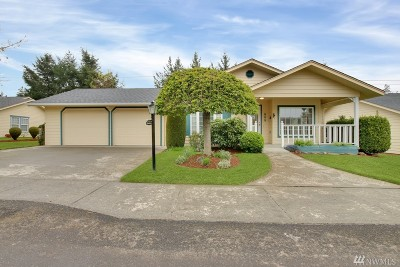 Centralia Single Family Home For Sale: 111 Robert Frost Dr