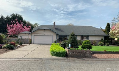 Lakewood Single Family Home For Sale: 6118 85th St SW