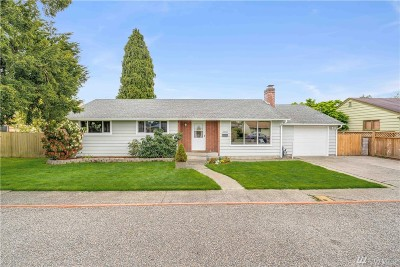 Single Family Home For Sale: 1606 1st St SE