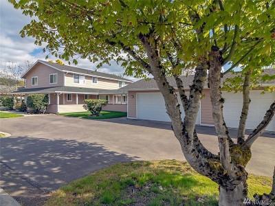 Sumner Single Family Home For Sale: 15402 Elm St E