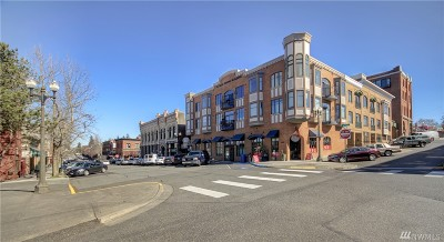 Condo/Townhouse Sold: 1101 McKenzie Ave #306