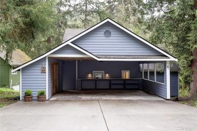 Bellingham Single Family Home For Sale: 40 Honeycomb Lane