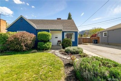 Wenatchee Single Family Home For Sale: 1025 Tyler St