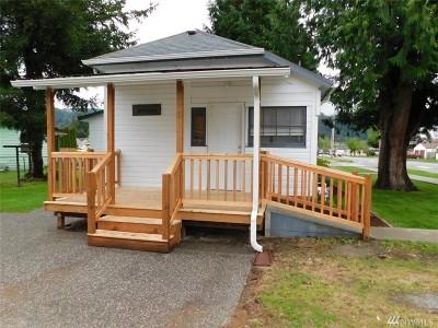 Sedro Woolley Single Family Home For Sale: 902 Fidalgo St