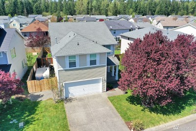 Puyallup Single Family Home For Sale: 9417 184th St E