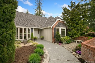 Kirkland Single Family Home For Sale: 12646 NE 68th Place