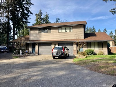 Everett Multi Family Home For Sale: 6410 Beverly Lane #C & D