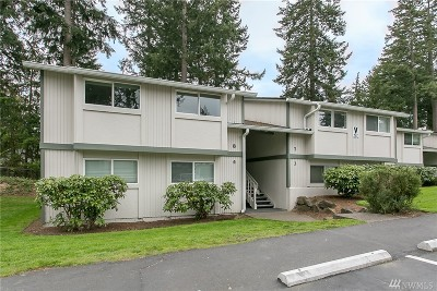 Federal Way Condo/Townhouse For Sale: 427 S 325th Place #V8