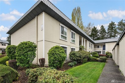 Condo/Townhouse Sold: 1625 103rd Place NE #M-1