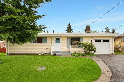 Seattle, Bellevue, Kenmore, Kirkland, Bothell Single Family Home For Sale: 1065 158th Place SE