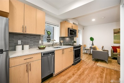 Seattle Condo/Townhouse For Sale: 750 11th Ave E #207