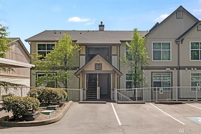 Issaquah Condo/Townhouse For Sale: 23420 SE Black Nugget Rd #C301