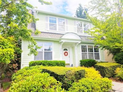 Issaquah Single Family Home For Sale: 2013 NE Kelsey Lane