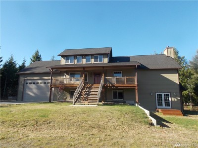Tenino Single Family Home Contingent: 8100 Nanitch Lane SE