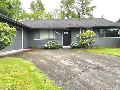 Renton Single Family Home For Sale: 2033 Jones Cir SE