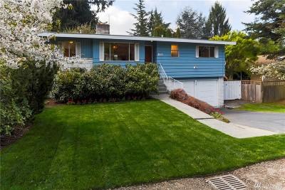 Shoreline Single Family Home For Sale: 211 N 201st St