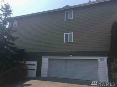 Kenmore Condo/Townhouse For Sale: 18523 68th Ave NE #201