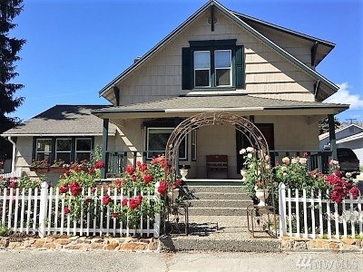 Chelan Single Family Home Contingent: 425 E Chelan Ave