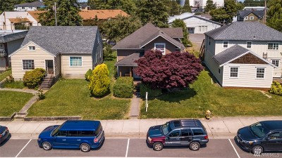 Ferndale Single Family Home For Sale: 2072 Main St