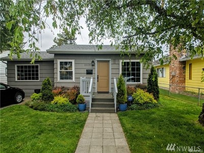 Everett Single Family Home For Sale: 3009 Leonard Dr