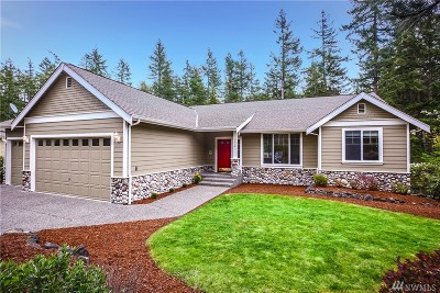 Port Orchard Single Family Home Pending Inspection: 7318 McCormick Woods Dr SW