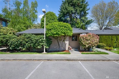 Kirkland Condo/Townhouse For Sale: 10036 NE 138th Place #L2