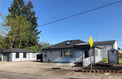 Lacey Multi Family Home For Sale: 1113 Sleater Kinney Rd SE