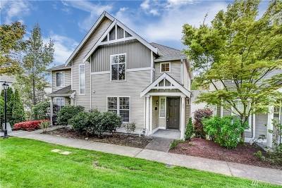 Sammamish Condo/Townhouse For Sale: 393 227th Lane NE #129A