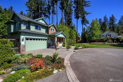 Lynnwood Single Family Home For Sale: 20010 11th Place W