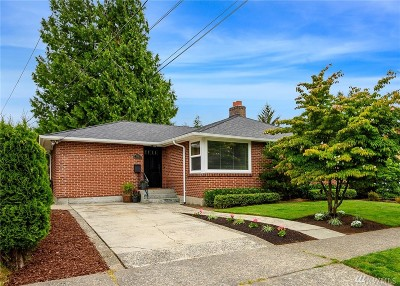 Seattle Single Family Home For Sale: 3311 38th Ave W