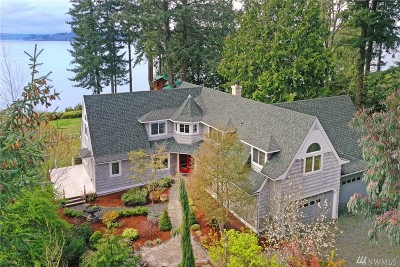 Single Family Home For Sale: 33687 Hood Canal Dr NE