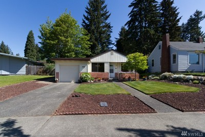 Fircrest Single Family Home For Sale: 513 Regents Blvd