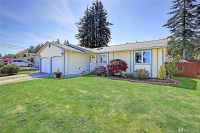 Camano Island Single Family Home For Sale: 1572 Country Club Dr