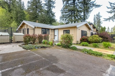 Maple Valley Single Family Home For Sale: 19861 Renton-Maple Valley Rd SE