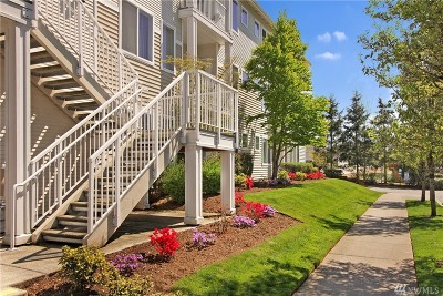 Bothell Condo/Townhouse For Sale: 14915 38th Dr SE #D1005