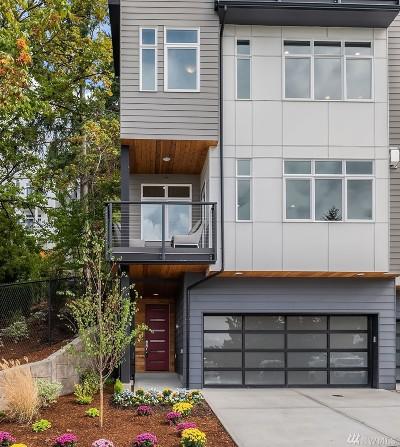 Bellevue Condo/Townhouse For Sale: 4037 129th Ct SE (Unit 22)