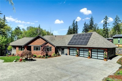 Sammamish Single Family Home For Sale: 495 212th Place SE