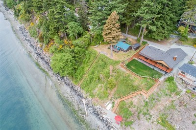 Anacortes, La Conner Single Family Home For Sale: 6948 Salmon Beach Rd