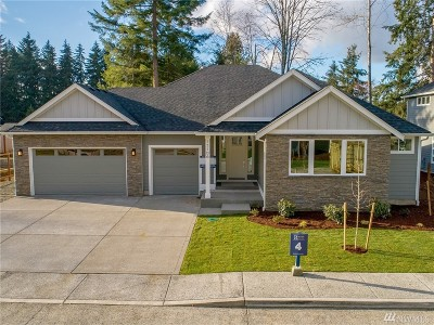 Puyallup Single Family Home For Sale: 15117 116th Av Ct E