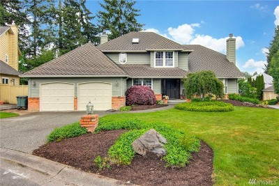 Sammamish Single Family Home For Sale: 3903 240th Place SE
