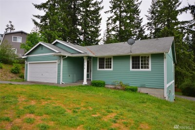 Yelm Single Family Home Pending: 21936 Promontory Ct SE