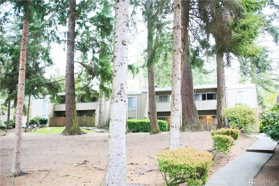 Lynnwood Condo/Townhouse For Sale: 4803 SW 180th St #A205