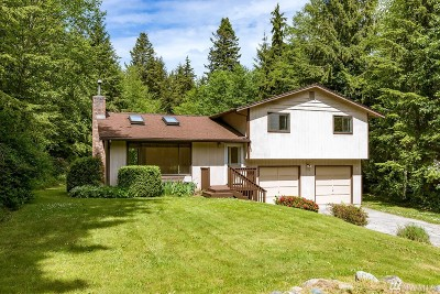 Oak Harbor Single Family Home For Sale: 1275 Silver Lake Rd