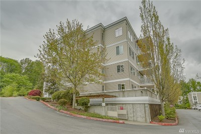 Bothell Condo/Townhouse For Sale: 17426 Bothell Wy NE #A-108