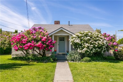 Bellingham Single Family Home For Sale: 2927 Cornwall Ave