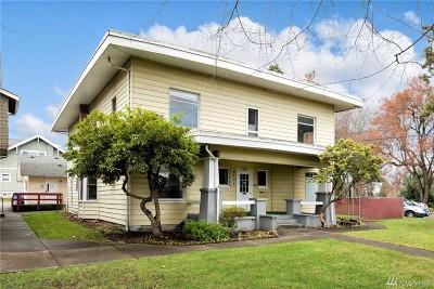 Tacoma Single Family Home For Sale: 3704 S Yakima Ave