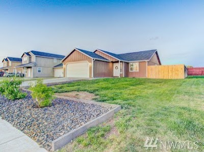 Moses Lake Single Family Home For Sale: 717 Rockport St