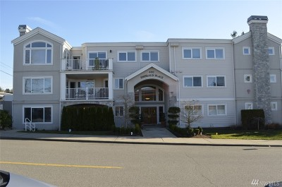 Edmonds Condo/Townhouse For Sale: 400 Walnut St #201