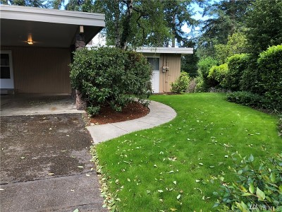 Lakewood Single Family Home For Sale: 11508 SW 93rd Ave