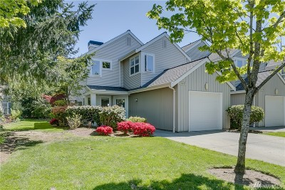 Mukilteo Condo/Townhouse For Sale: 11613 Grove Dr